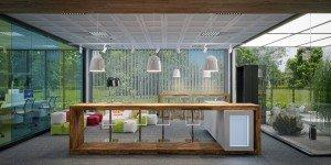 интериорен дизайн на голям офис